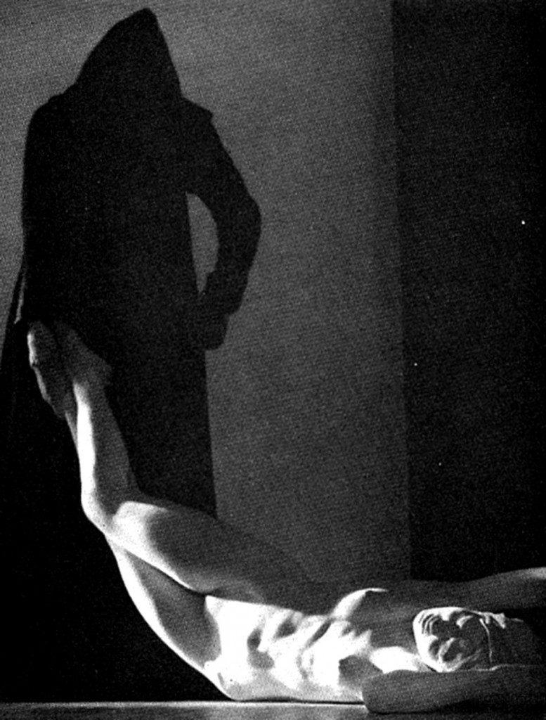 William Mortensen (1897-1965), La mort d'Hypatie, vers 1930.