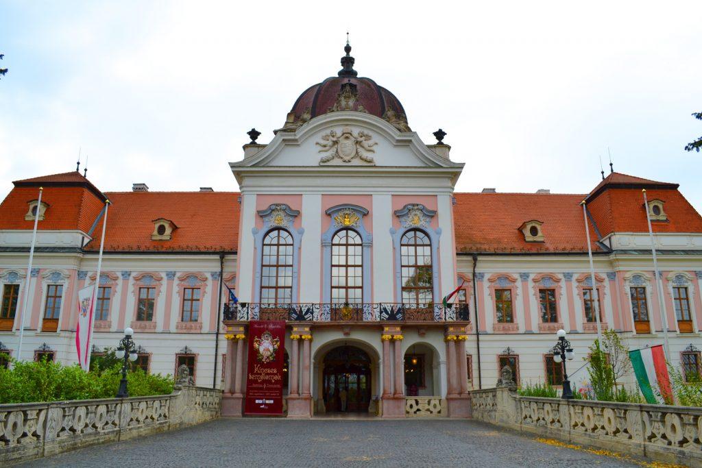 Grassalkovich-kastély_(7051._számú_műemlék)_6