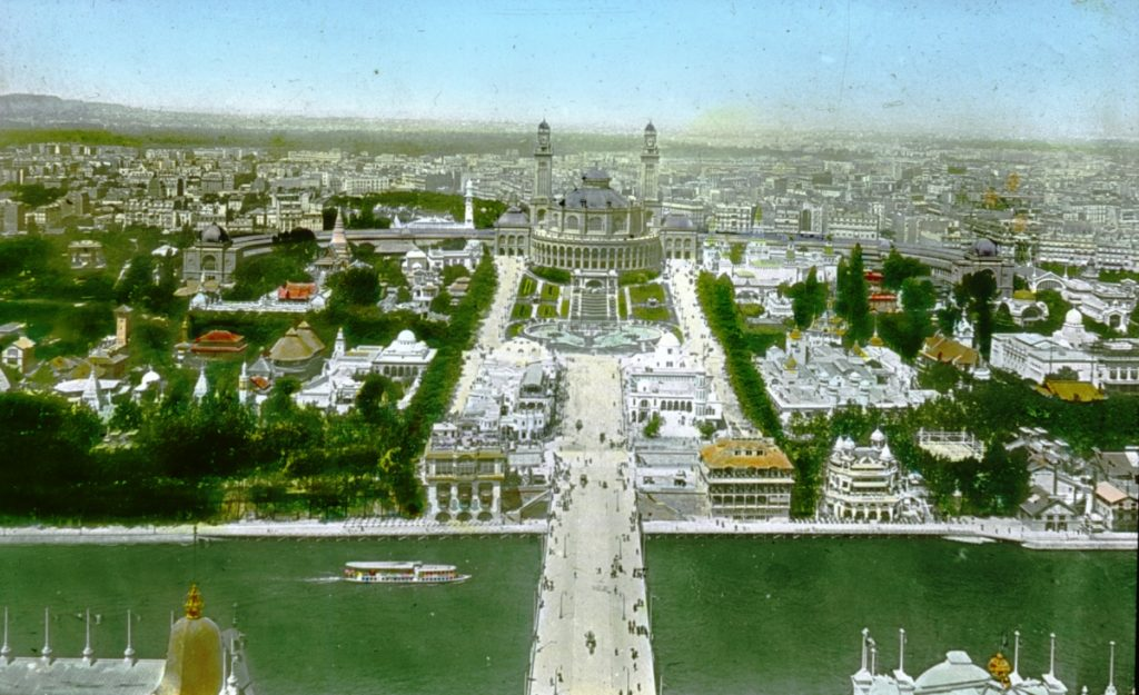 Paris_Exposition_Trocadero_and_Pont_d'Iéna,_aerial_view,_Paris,_France,_1900_correction_Pont_d'Iéna