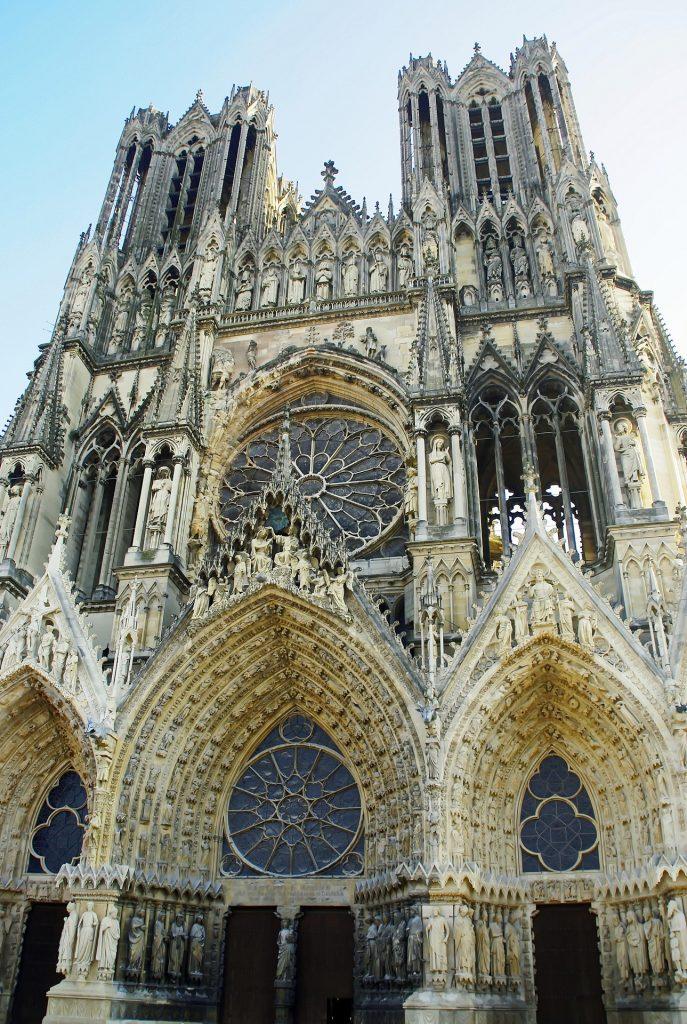 Cathédrale Notre-Dame de Reims. Photographie libre de droits.